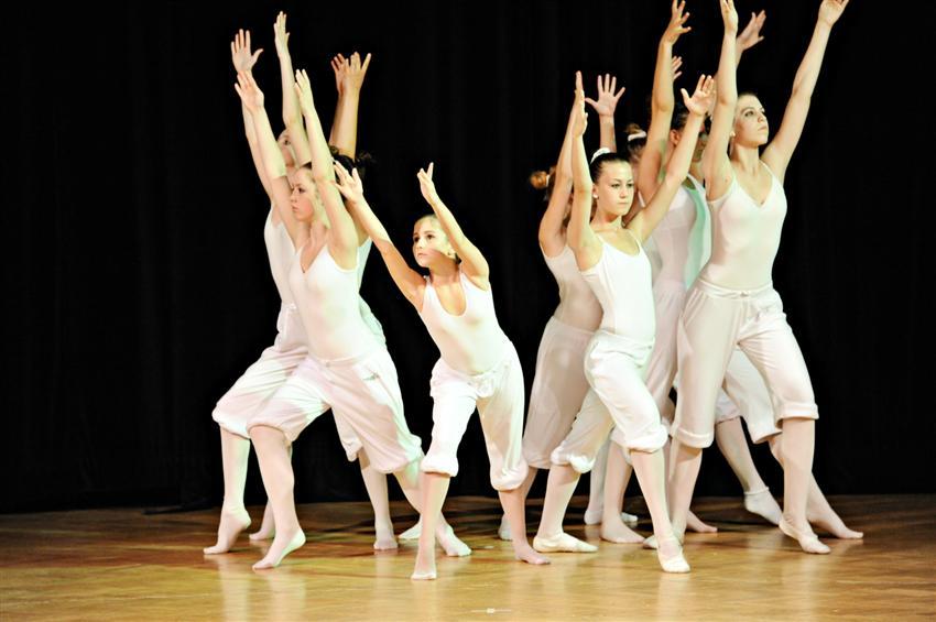 Závěrečné vystoupení žáků tanečního oboru - TANEČNÍ PODVEČER